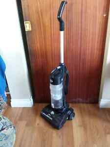 Dirt Devil Bagless Vacuum Cleaner - Excellent Condition