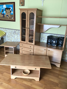 meuble télé et tables
