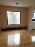 Large 3 bedroom apartment in Dorval