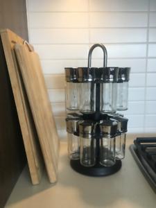 16 Jar Rotating Spice Rack