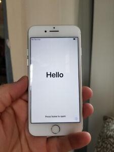 iPhone 7, 32GB, white, Bell, Beaches