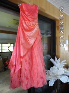 Très jolie robe de bal, soirée ou mariage, 3-4 ans