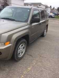 2008 Jeep Patriot - ONLY 82000 KMS !!!!!!!!! Edmonton Edmonton Area image 5