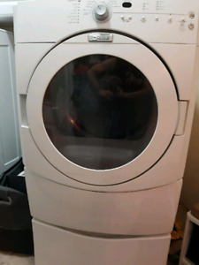 Maytag front loader washer and dryer with pedestals