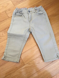 H&M Capri Pants