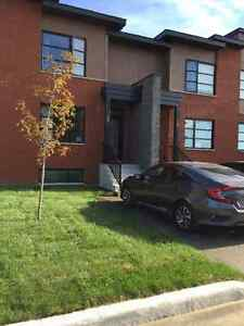 $1450 / 3br - Urban Modern Newly Built House For RENT!!
