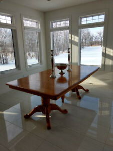 Beautiful extendable solid wood table! Any size gatherings!
