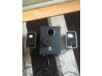 Logitech 2:1 pc speaker system