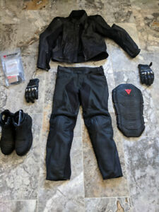 BRAND NEW DAINESE LEATHER RIDING GEAR/ ICON BOOTS