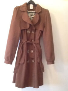 size Large, SPRING/FALL BROWN double breasted COAT, tie waist, 7