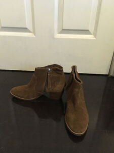 Twice worn ankle boots with heels (Size 7.5 - 8)