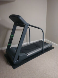 Pacemaster Gold Elite Treadmill + Free Delivery