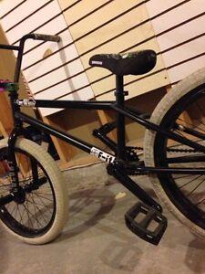 Fully custom BMX.  Kawartha Lakes Peterborough Area image 4