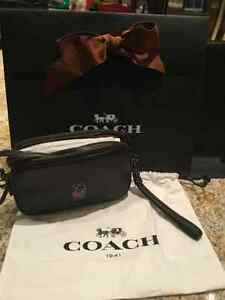 LIMITED EDITION DISNEY X COACH PURSES AND BRACELET- PERFECT GIFT Kitchener / Waterloo Kitchener Area image 6