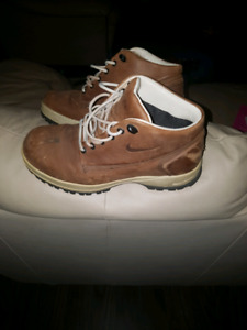 Nike ACG Boots - size 10