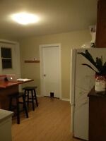 Room for rent in great Apt in Westmount/St Henri  Lionel Groulx