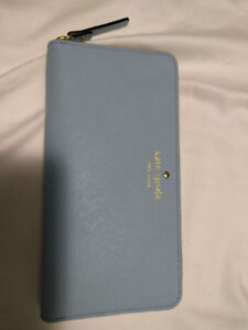 Brand New Kate Spade Mikas Pond Wallet in Blue
