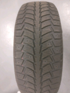 Set of 4 BRAND NEW Uniroyal Tiger Paw 215 65R16 winter tires