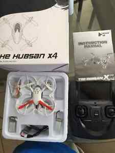 Hubsan X4 - quadcopter with remote camera Oakville / Halton Region Toronto (GTA) image 1