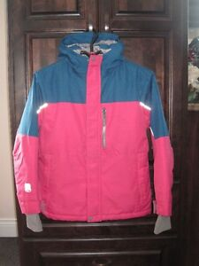 Girls winter Jacket size M, in good condition!