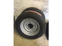Trailer wheels with new tyres