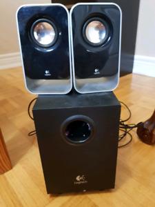 Logitech LS21 sterio speakers (USED)