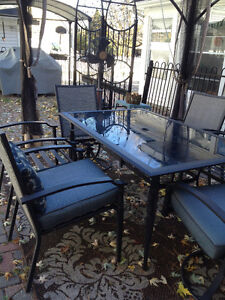 7 PIECE OUTDOOR PATIO TABLE & CHAIR SET