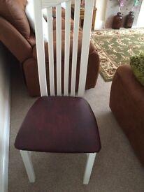6 chairs 35£ each