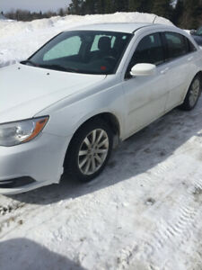 2012 Chrysler 200  $6500