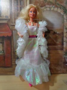 Vintage CRYSTAL BARBIE DOLL #4598 Original Clothes Superstar ERA