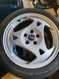 Saab 9-5 Aero wheels and tyres