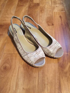 Women's shoes and sandals - size 11