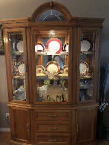 Buffet and Hutch For Sale, Mint Condition! OBO