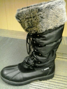 Women's Size 10 Winter Boots