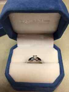 Perfect for Christmas-Ladies Canadian Diamond engagement ring