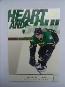 2001-Topps-Heart & Soul-Mike Modano Insert Hockey Card.