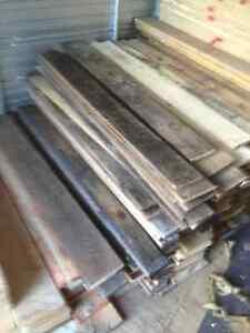 Chevron mat riaux de r novation dans qu bec petites - Ou peut on recuperer des palettes ...