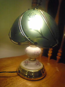 ☼Beautiful lamp 10$☼  High 14 inches   ***