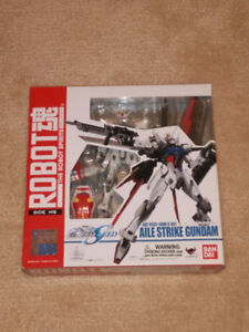 Aile Strike Gundam action figure/toy from MS Gundam Seed