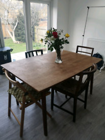 Extendable kitchen table £10 (collection only)