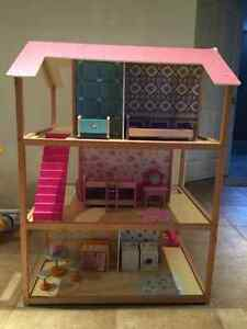 KidKraft So Chic Dollhouse with Furniture London Ontario image 1