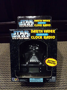 Star Wars Darth Vader Clock Radio *NEW IN BOX*