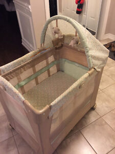 Bassinet / Crib / Playpen - Multi-stage and portable