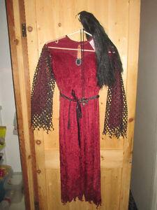 Plusieurs costume d'halloween pour enfants