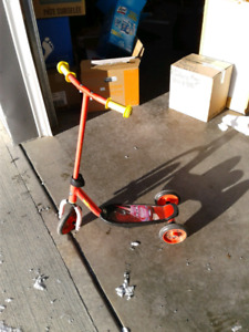 Kids scooter $5