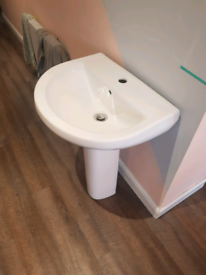 Sink and pedalstool