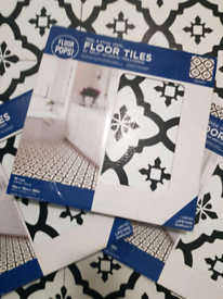 Self adhesive vinyl floor tiles x 22