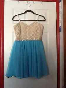 CItY STUDIO JUNIORS SIZE 13 PROM DRESS WORN ONCE