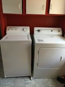 Kenmore washer and dryer set (6 months old mint condition)