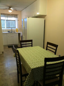 Inner City Convenient Glamorgan SW Furnished Bedroom for Rent